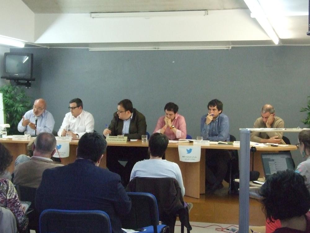 """Font: Acte """"Les ONG volen saber"""". 5M- debat amb els candidats a les Eleccions Europees a la seu de la FCONG."""