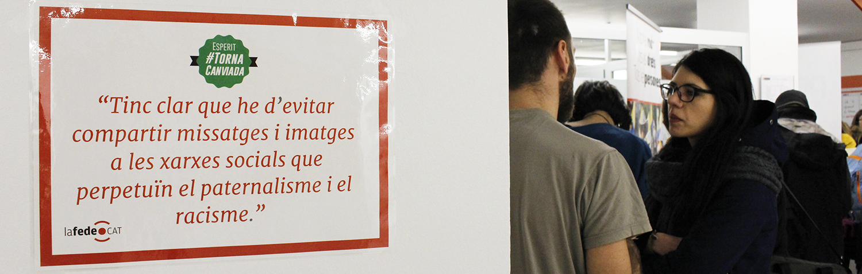 Foto de la fira torna canviada de voluntariat internacional de Lafede.cat